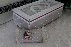 Shabby Box*Schatulle mit bestiektes Nadelkissen im Rokoko Still.Past auch als Geschenk. L 25 x B 12 x H 10 cm