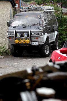 Model: Mitsubishi Delica Starwagon Super Exceed Year: 1993 Mileage: Tax: 6 months (at time of sale) MOT: 12 months (at time of sale) Location: Bristol Price: OIRO Anyone who Mazda, Suzuki Carry, Best Atv, Atv Riding, 4x4 Van, Mitsubishi Motors, Mini Trucks, Automobile, Truck Camper