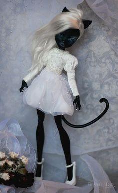 Catty Noir Custom MH Dolls