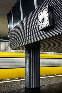 A COLORFUL, HISTORICAL JOURNEY THROUGH THE BERLIN UNDERGROUND