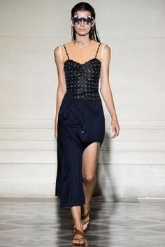 Maison Martin Margiela Spring 2015 Ready-to-Wear Fashion Show: Complete Collection - Style.com