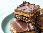 No bake chocolate pretzel peanut butter squares