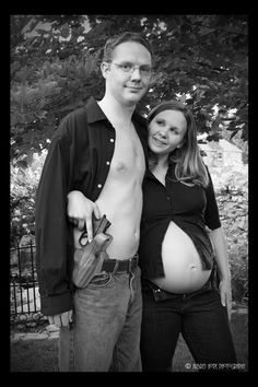 Awkward Pregnancy Photos. What has been seen cannot be unseen.