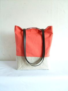 Coral tote summer bag leather straps coral pink bag por allbyFEDI.