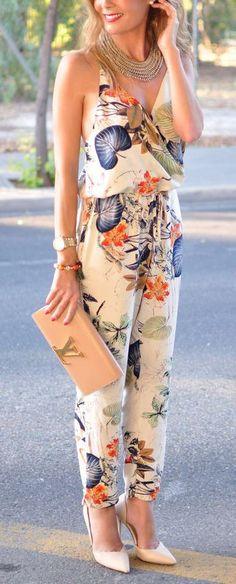 Plunge Floral Jumpsuit  ❤︎