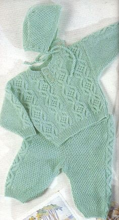Beautiful knit pattern for baby boy hat , pullover and pants Diy Crafts Knitting, Spool Knitting, Creative Knitting, Crochet For Boys, Knitting For Kids, Diy Crochet, Crochet Baby, Knitting Patterns Uk, Baby Patterns