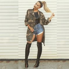 """""""Snatched hair • short shorts  Boots @lolashoetique  Jacket @nastygal  Hair color always fresh by @beausef"""""""
