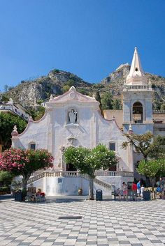 Taormina, Sicily, Italy. Beautiful church & town. Hollywood people vacation there, too.