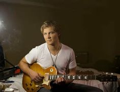 Frankie Ballard takes over Number One slot at Country Radio