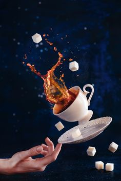 Coffee photography is a wonderful and powerful area in conceptual still life photography and food photography. This article takes you through all the fantastic ways you can use coffee in your still life photos. Splash Photography, Coffee Photography, Still Life Photography, Photography Photos, Creative Photography, Digital Photography, Street Photography, Flying Photography, High Speed Photography