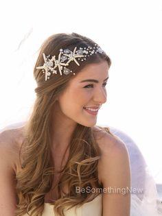 Beach Wedding Starfish and Pearl Wired Hair Vine por BeSomethingNew