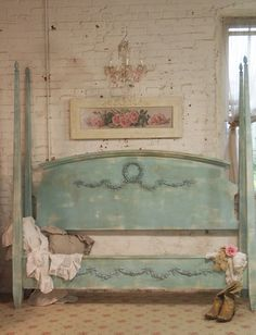 Painted Cottage Chic Shabby White Farmhouse King / Queen Bed BD12
