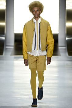 A look from the Perry Ellis Spring 2016 Menswear collection.