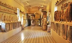 Peloponnese Museums feature artifacts from various eras of Greek history and culture. The museums in Peloponnese present art from Mycenae, Sparta, Olympia. Mycenae, Greek History, Greek Culture, Museum, Tours, Home Decor, Decoration Home, Room Decor, Mycenaean