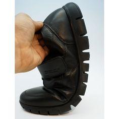 www.cafeshoes.com BLACK FRIDAY  Trossman 360º Alcabre Referencia:  172619 Trossman 360º es totalmente adaptable y flexible, un zapato anatómico de absorción total. Confeccionado en pieles naturales de primera calidad, proporcionando durabilidad, confort y suavidad. Interior tecnológico que mejora el rendimiento térmico y es altamente transpirable. Suela antideslizante. Los zapatos 360º disminuyen la tensión articular en rodilla y tobillos. Mejora el apoyo del pie.