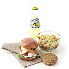 Sack lunch makeover for busy moms. Healthy Lunches For Work, Healthy Toddler Meals, Healthy Snacks, Healthy Recipes, Work Lunches, Bag Lunches, Toddler Food, Lunch Snacks, Lunch Recipes