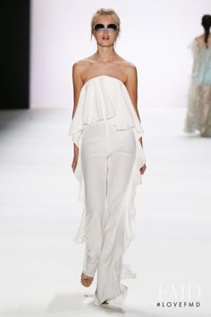 Photo - Lana Mueller - Spring/Summer 2017 Ready-to-Wear - berlin - Fashion Show | Brands | The FMD #lovefmd