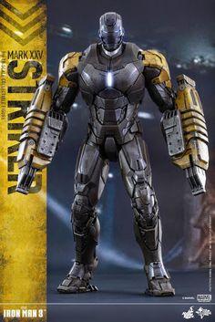 "Hot Toys MMS277 ""Iron Man 3: House Party Protocol"" 1/6th Striker (Mark XXV) 13.5"" Figure"