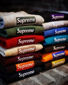 Supreme New Era Box Logo Hoodie Haul in the stash, collect them all! Zapatillas Nike Basketball, Polo Outfits For Women, Supreme Hoodie, Supreme Logo, Swag Shop, Supreme Clothing, Box Logo Hoodie, Hype Clothing, Supreme Wallpaper