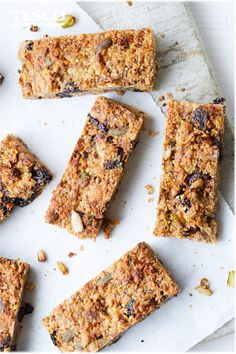 Discover a healthy bake with our ultimate flapjack recipe. Packed with fruit, nuts, seeds and oats, they make an energy-packed snack or breakfast on the go. Healthy Flapjack, Flapjack Recipe, Healthy Vegan Snacks, Healthy Baking, Healthy Recipes, Bariatric Recipes, Snack Recipes, Dessert Recipes, Pastry Recipes