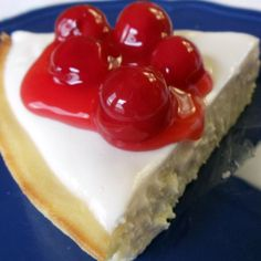 """No Crust Cherry Cheesecake I've been making this cheese cake """"pie"""" for over 35 years, and it's still the best cheesecake I've ever tasted. Don't omit the sour cream layer. This recipe works well if you want to use reduced fat cream cheese and sour cream. Gluten Free Cakes, Gluten Free Desserts, Just Desserts, Delicious Desserts, Yummy Food, Cherry Desserts, Yummy Yummy, Best Cheesecake, Cheesecake Recipes"""