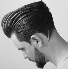 The top short hairstyles for men for the year 2018 are eye-catching and somewhat sophisticated. Today the short mens hairstyles have become particularly. Hairstyles Haircuts, Haircuts For Men, Hair And Beard Styles, Curly Hair Styles, Hair Volume Spray, Gents Hair Style, Textured Haircut, Pompadour Hairstyle, Beard Model