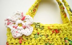 How to Make Plarn & Crochet an Eco-Friendly Tote Bag
