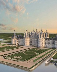 The royal Château de Chambord at Chambord, Loir-et-Cher, France is the most beautiful and most spectacular example of french Renaissance architecture, it is also one of the most recognizable chateau in the world. Renaissance Architecture, French Architecture, Ancient Architecture, Beautiful Architecture, Mosque Architecture, Beautiful Castles, Beautiful Places, Places To Travel, Places To See