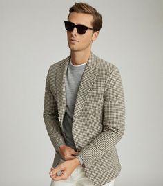 Grandad Collar Shirt, Grandad Shirts, Slim Fit Chinos, Slim Fit Trousers, Mens Summer Hairstyles, Smart Casual Men, Best Mens Fashion, Man Fashion, Pinstripe Suit