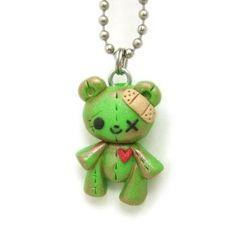 Zombie teddy bear necklace made from Polymer Clay Polymer Clay Halloween, Polymer Clay Figures, Cute Polymer Clay, Polymer Clay Animals, Cute Clay, Polymer Clay Charms, Polymer Clay Projects, Polymer Clay Creations, Clay Crafts