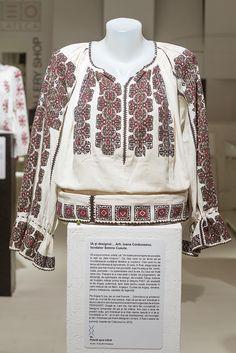 Folk Costume, Costumes, Folk Embroidery, Cross Stitch Patterns, Textiles, Popular, Tops, Design, Women