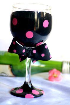 Polka dot bow glass