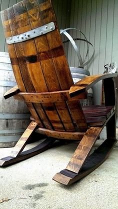 These free Adirondack chair plans will help you build a great looking chair in just a few hours, Build one yourself! Here are 18 adirondack chair diy Wine Barrel Chairs, Whiskey Barrel Furniture, Wine Barrels, Rocking Chair Plans, Barris, Barrel Projects, Adirondack Chair Plans, Rustic Furniture, Furniture Plans