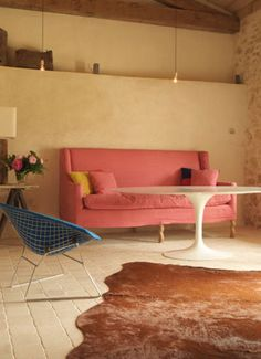 pink sofa, modern and rustic