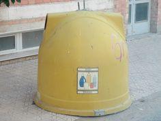 waste bin spain