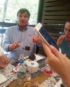 Cumpleaños de Andrés.  Festejo post reunión de año académico en #Madrid