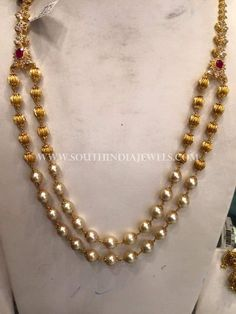 Gold Jewelry Design In India Pearl Necklace Designs, Gold Earrings Designs, Gold Jewellery Design, Antique Jewellery, Bridal Jewellery, Necklace Set, Gold Necklace, Clean Gold Jewelry, White Gold Jewelry