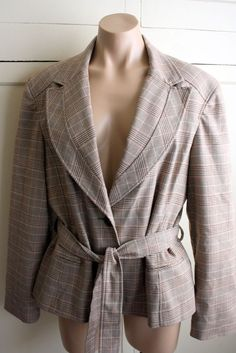 5300a0cf39 Signature By Larry Levine Women s Glens Plaid Brown Size 18 Blazer Suit  Jacket  OfficeFashion