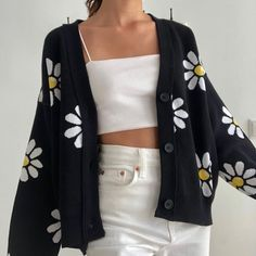 Girl Vintage Outfits, Retro Outfits, Cute Casual Outfits, Casual Clothes, Black Outfits, Style Clothes, Indie Outfits, Teen Fashion Outfits, Girl Outfits