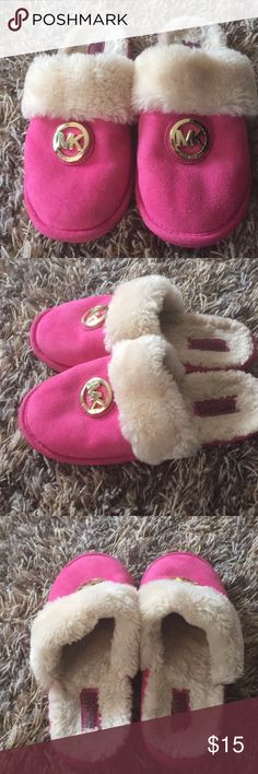 Michael Kors In great condition Michael Kors Shoes Slippers