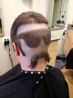Man Gets Sunglasses, Mustache & Sideburns Shaved Onto the Back of His Head