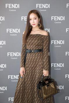 180704 Jessica Jung @ Fendi Haute Couture Show in Paris Jessica & Krystal, Krystal Jung, Fashion Show, Fashion Outfits, Womens Fashion, Fashion Trends, Jessica Jung Fashion, Ex Girl, Korea Fashion