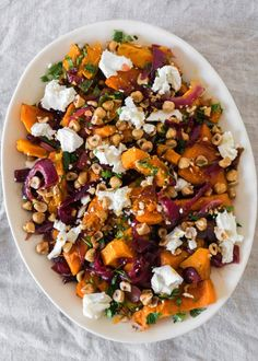 Dan Kluger's Roasted Butternut Squash with Spicy Onions from A new-favorite holiday recipe staple–but don't wait for a special occasion to make it. food recipes Roasted Butternut Squash with Spicy Onions Recipe Onion Recipes, Vegetable Recipes, Cooking Recipes, Healthy Recipes, Cooking Pork, Fall Vegetarian Recipes, Medeteranian Recipes, Quick Vegetarian Dinner, Wild Rice Recipes