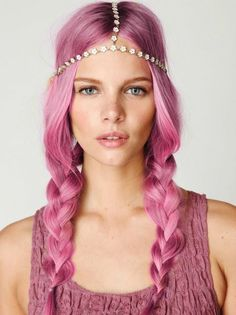 I just adore all of these pastel hair colors AND a great head chain! BAZINGA!