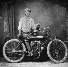 Indian motorcycles world Vintage Indian Motorcycles, Racing Motorcycles, Vintage Cycles, Vintage Bikes, Vintage Stuff, Vintage Art, Motorcycle Style, Motorcycle Design, Motorcycle Images