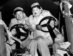 Galerie Photo - Laurel et Hardy conscrits de A. Edward Sutherland
