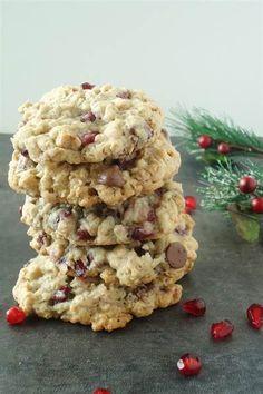 Vanilla Pomegranate Oatmeal Cookies