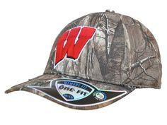 Wisconsin Badgers TOW Camo Realtree Xtra Memory Foam Flexfit Hat Cap (M/L)