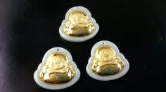 3pcs mayor colgantes de jade con oro 24 k con por acejewellery Jade Pendant, Pendants, Desserts, Buddha, Handmade Gifts, Gold, Hand Made, Tailgate Desserts, Deserts