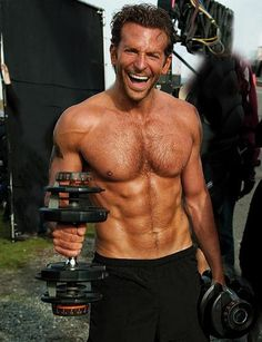 Bradley Cooper- you babe. I cannot look at this image and not think of The Hangover. Liam Hemsworth, Christina Hendricks, Bradley Cooper Shirtless, Bradley Cooper Hot, Bradley Cooper Hangover, Brad Cooper, Hot Men, Sexy Men, Sexy Guys